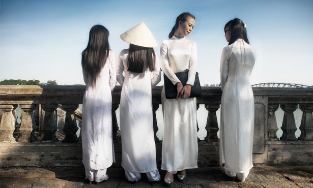 Ao-Dai-a-Vietnamese-national-costume