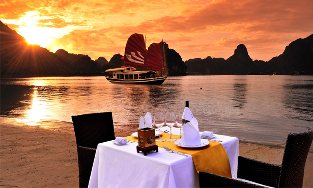 Sunset-Halong-Bay