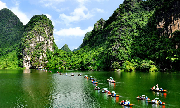 FULL DAY TAM COC - BICH DONG - HOA LU WITH LUNCH