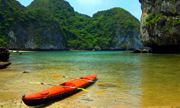 7 DAYS 6 NIGHTS HANOI - HALONG OVERNIGHT ON JUNK - SAPA BY HIGHWAY